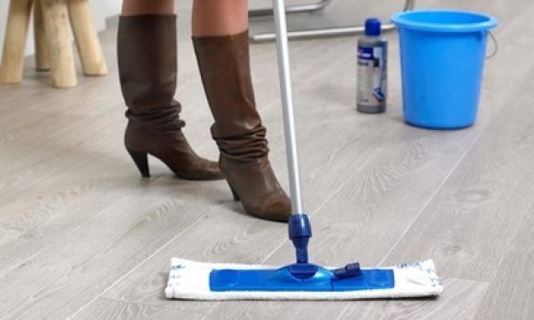La limpieza de parquet, tarima flotante y suelo laminado